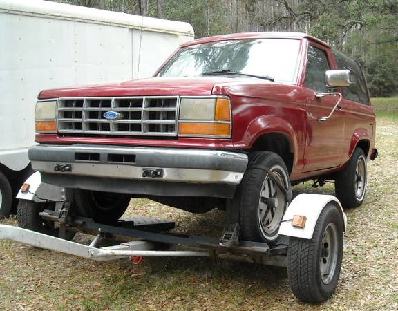 1989 Ford Bronco II 2.9L Auto For Sale in Webster, FL